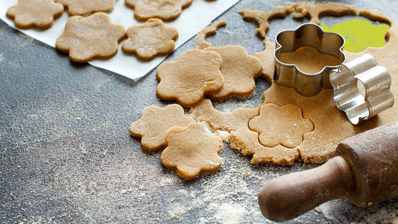 cooking-cookies-with-cookie-cutters